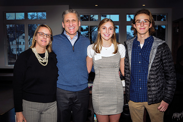 2019 Bold New Idea finalists with their parents.