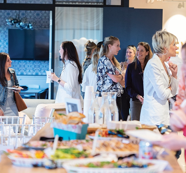Guests mingle at the Evereve Minneapolis Influencer Social.