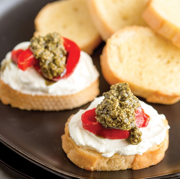 Roasted Red Pepper and Whipped Goat Cheese Crostini with Super Kale Pesto Sauce