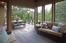 Building a deck like this one is easy with the experts at Mom's Design Build.